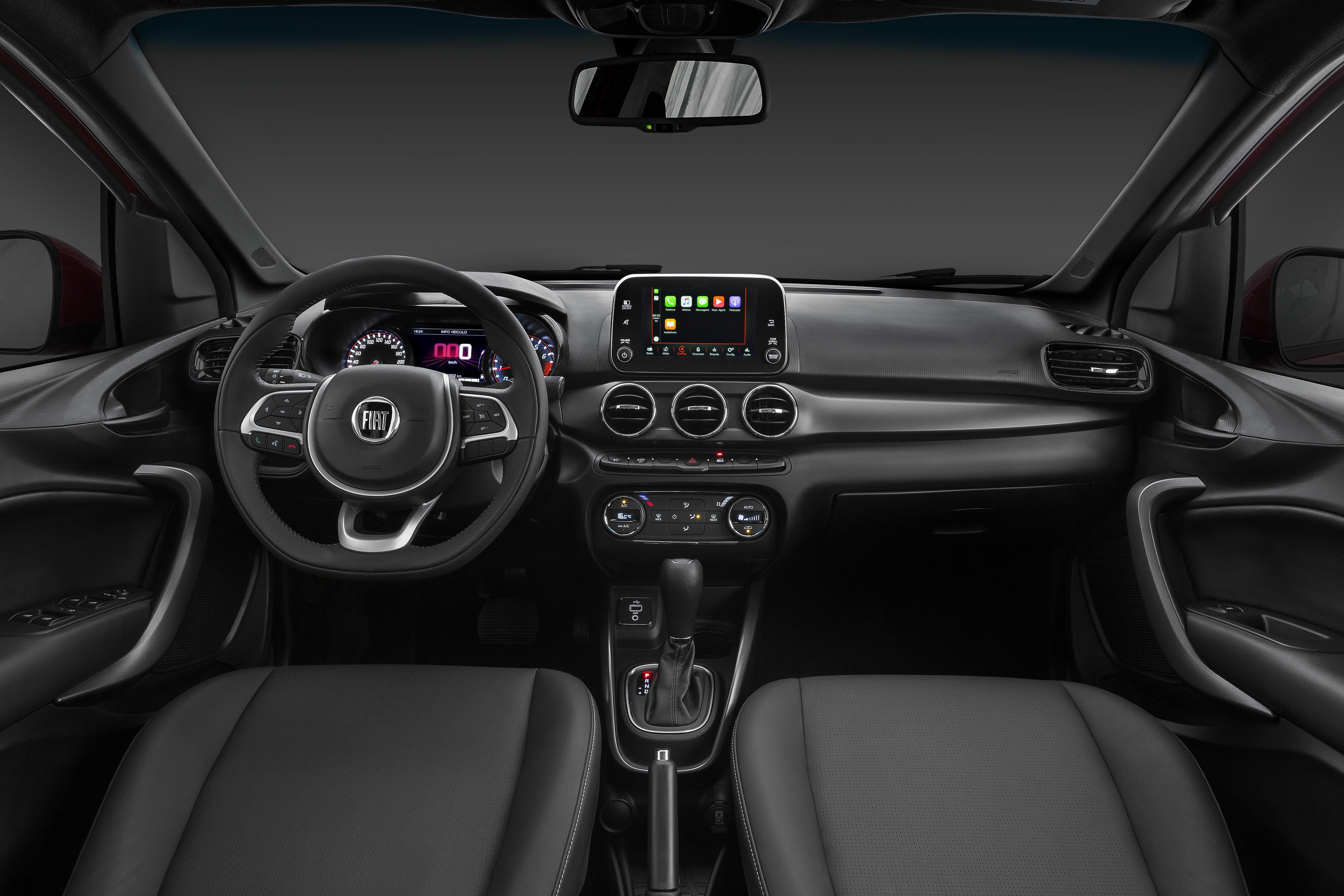 interior do Fiat Cronos