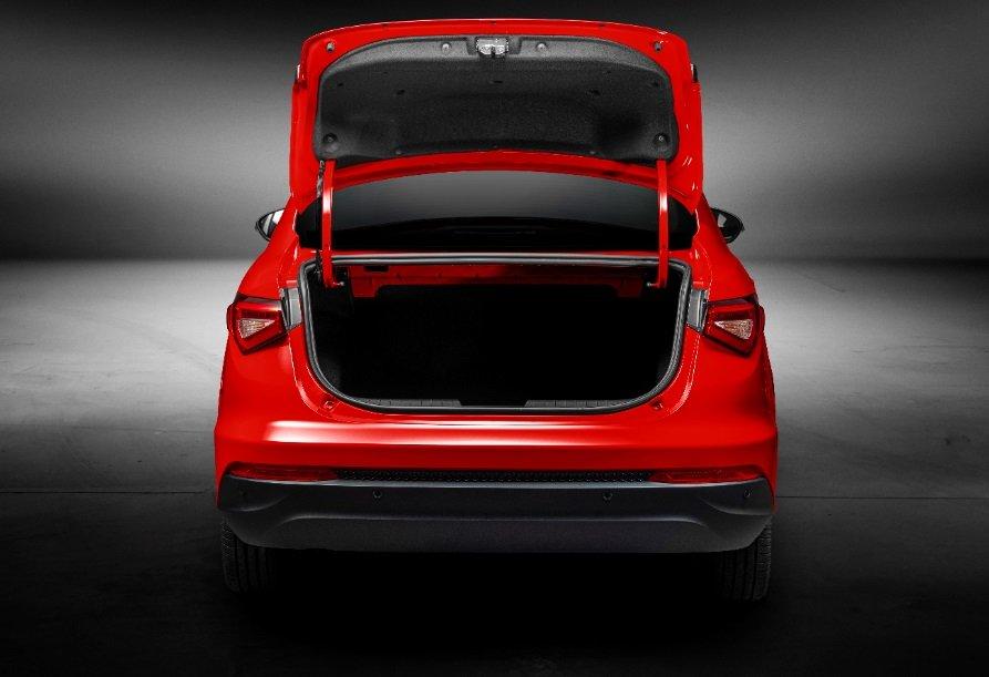 Fiat Cronos 2020 traseira